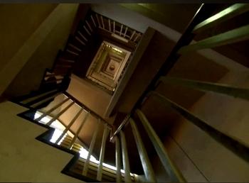 64階段.JPG